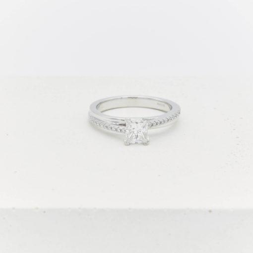 Judi-ring