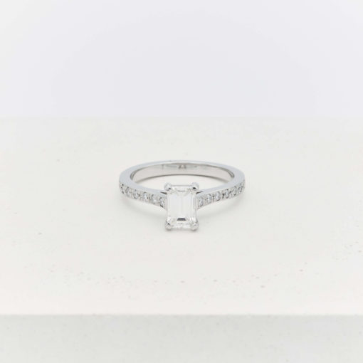 diamond-square-ring