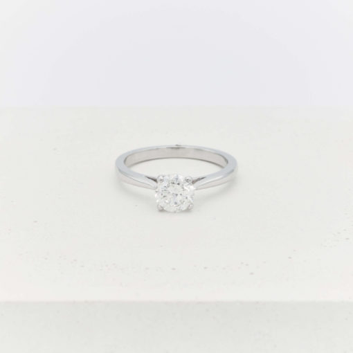 single-diamond-ring